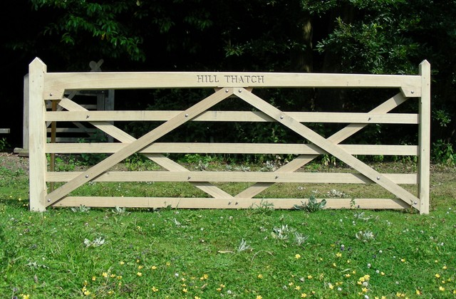 Five Bar Field Gate