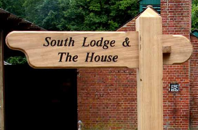 Finger Post House Sign Signs Amp Signposts Countryside